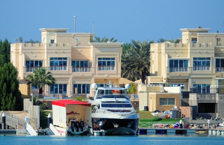 Nice houses on Marina Drive in Abu Dhabi.