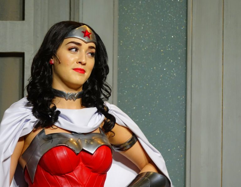 Wonder Woman looking like Wonder Woman does, in Warner Bros World, Abu Dhabi.