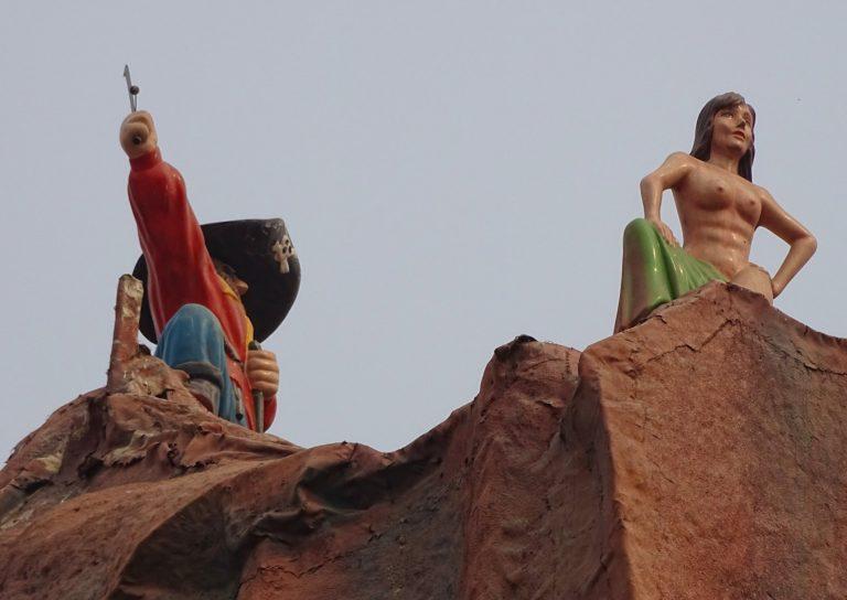 NSFW Peter Pan at Beijing Shijingshan Amusement Park