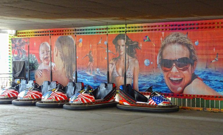 America is cool at Beijing Shijingshan Amusement Park