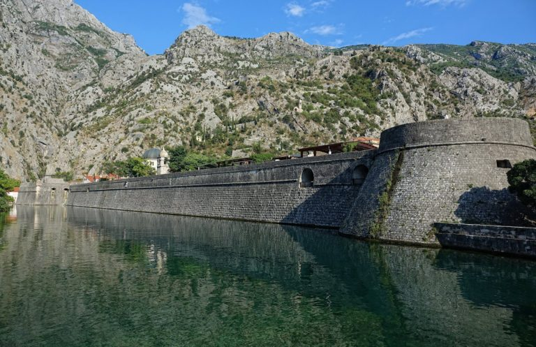 Kotor town wall along the Scurda canal.