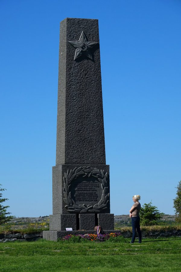 During World War II, a ship full of mainly Soviet prisoners of war was sunk outside Tjøtta, leaving more than 2,000 people dead. There's a huge monument to their memory here.