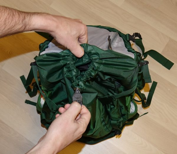 How to open the Osprey Kestrel 38 backpack.