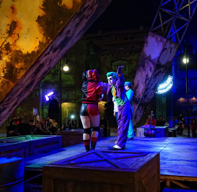 The Riddle, Joker and Harley Quinn performing at Warner Bros World, Abu Dhabi.
