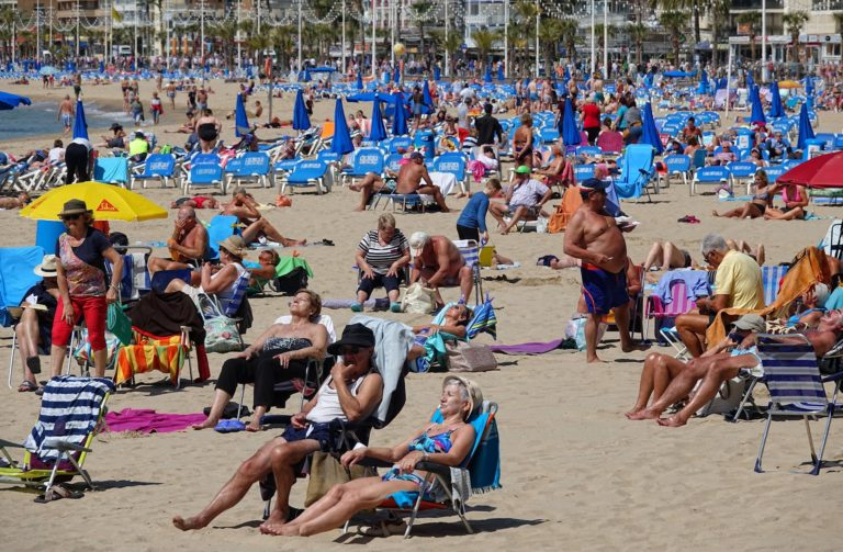 A slow day on the beach in Benidorm.