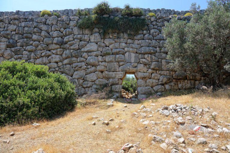 Photo of Inca-like stone masonry in Turkey.