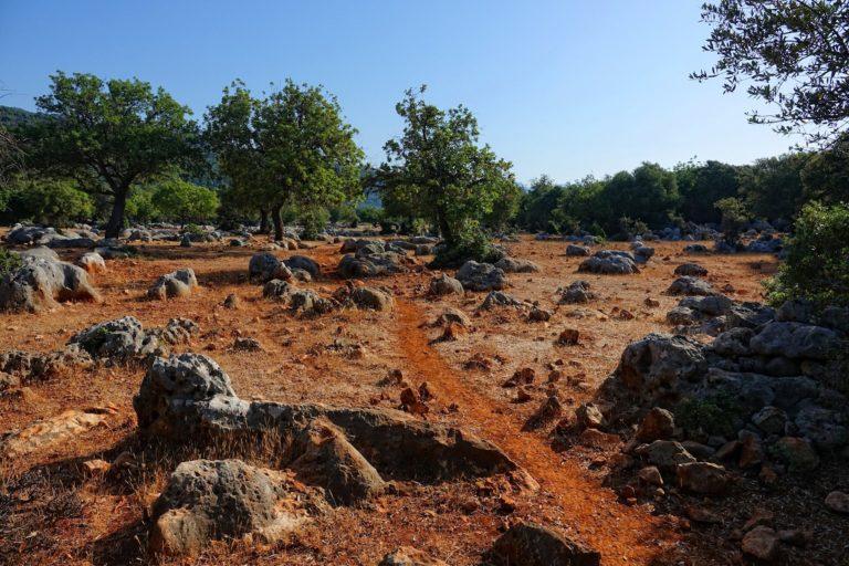 Photo of red trail near Aperlai, Turkey.