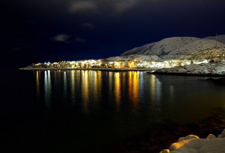 Photo of Lødingen by night