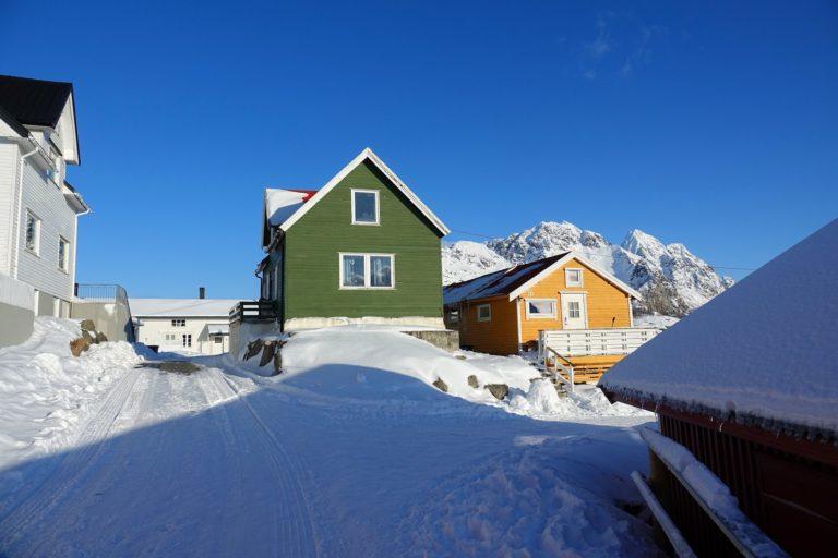 Photo of painted houses in Henningsvær, Lofoten