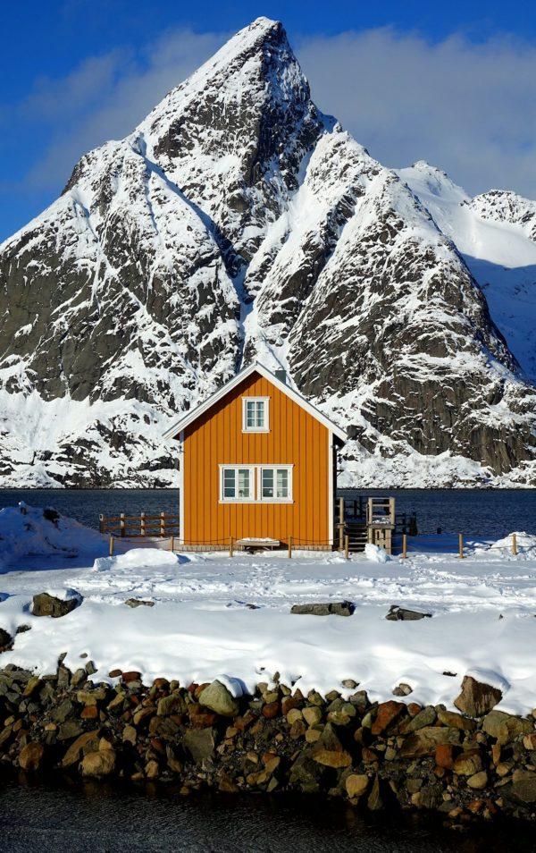 Photo of orange house in Lofoten, Norway