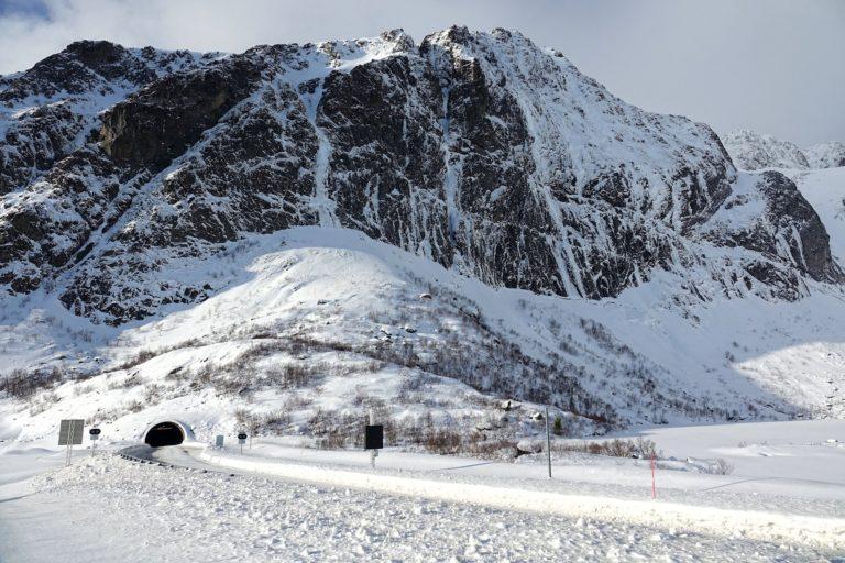 Photo of winter driving in Lofoten, Norway