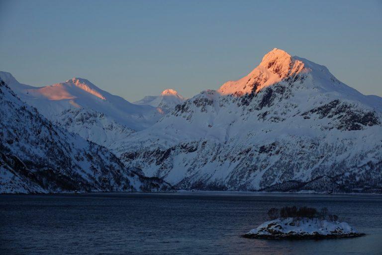 Photo of winter sunset in Lofoten, Norway