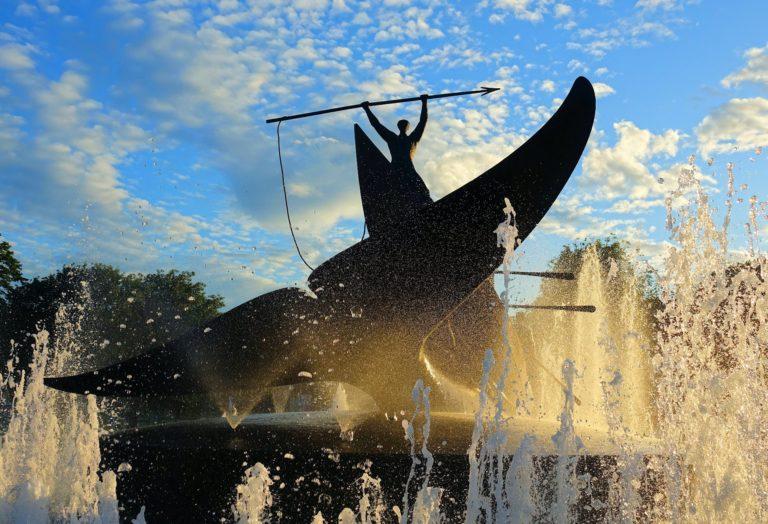 Photo of Sandefjord landmark whaling statue.