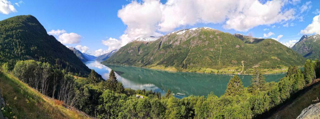 Panorama photo of Fjærlandsfjorden.