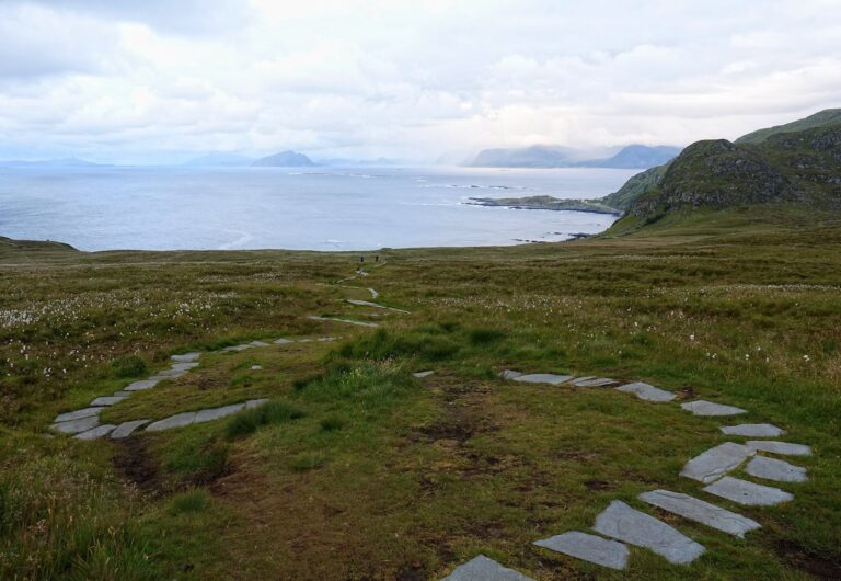 Photo of the trail up to the plateau on Runde island.