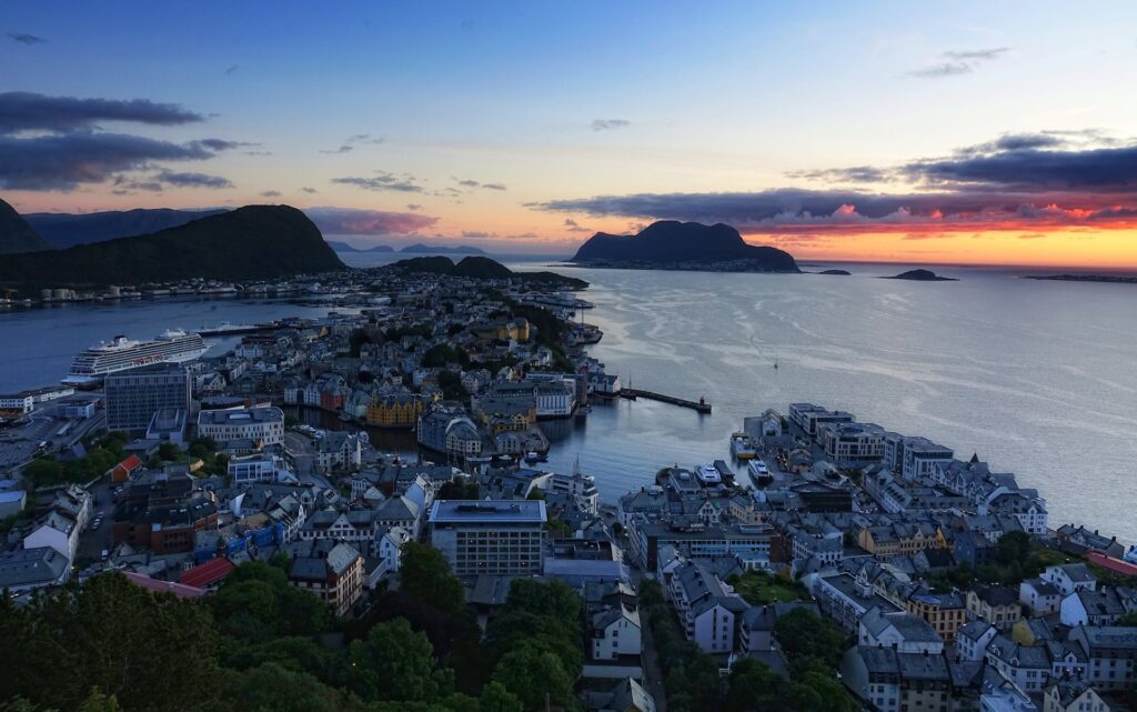 Photo of Ålesund on a summer night, seen from Aksla viewpoint.