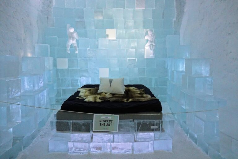 Photo of the room Out Of The Box at the Icehotel in Jukkasjärvi, Sweden.