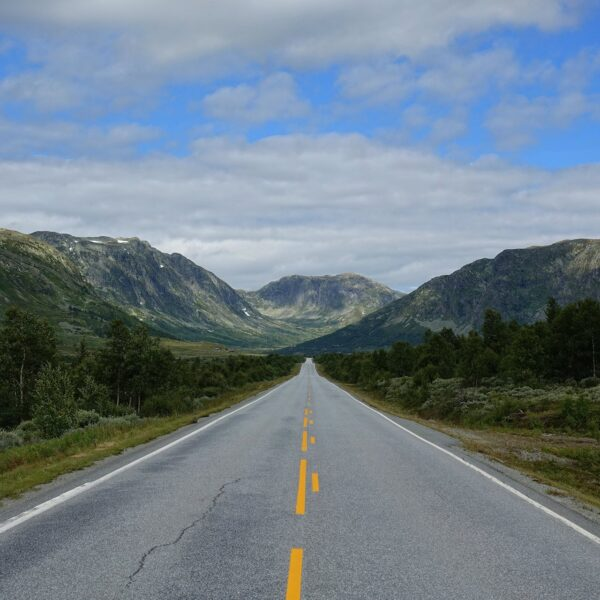 Photo of mountain road in Hemsedal, Norway.