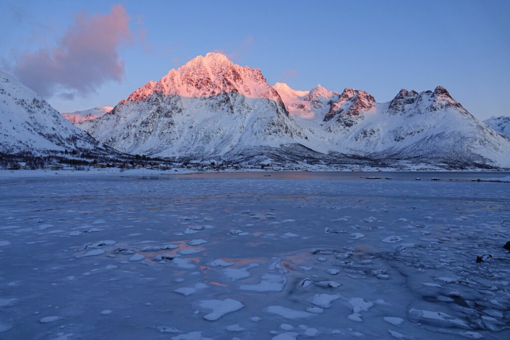 Laupstad, Lofoten in winter.