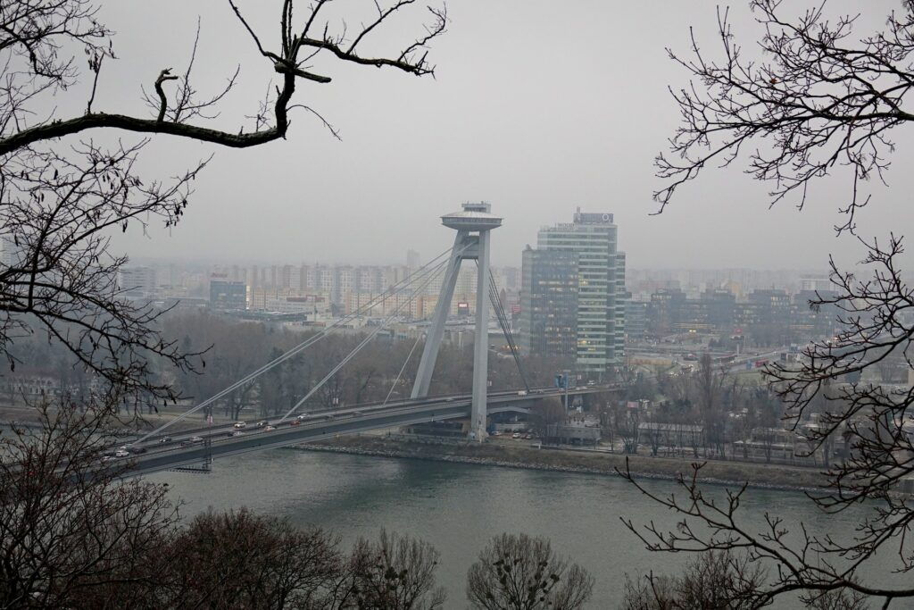 Photo of flying saucer–shaped tower on bridge agross the Danube in Bratislava, Slovakia.