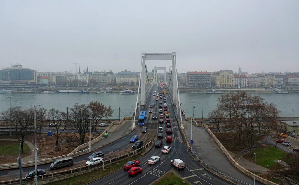 Photo of Elizabeth Bridge in Budapest, Hungary