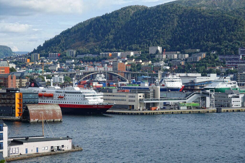 Photo of the Hurtigruten pier in Nøstebukten in Bergen, Norway.